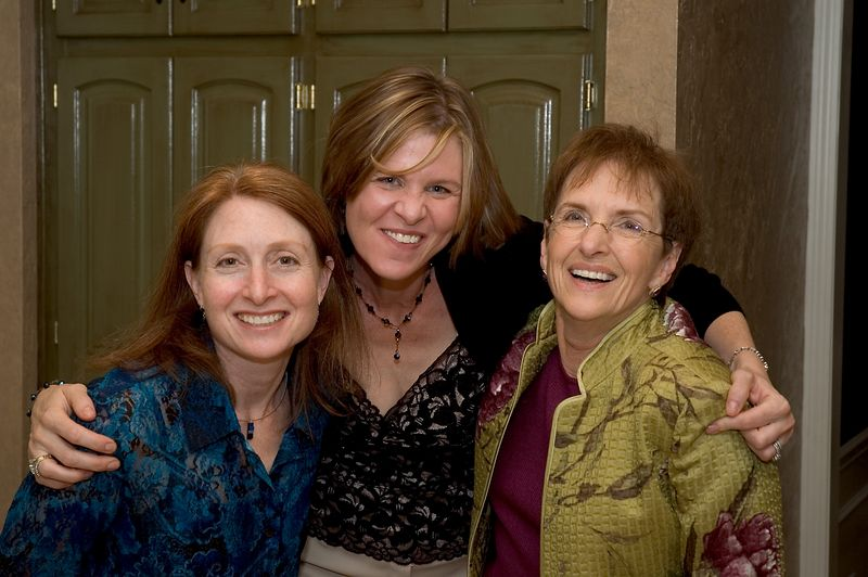 <b>Karen, Erin and Donna</b>   (Oct 08, 2005, 09:51pm)