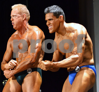 Mark Childers and Silvano Alvarado Jr. pose during the Men's Open Bodybuilding heavyweight category. (Victor Texcucano)