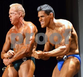 Mark Childers and Silvano Alvarado Jr. pose during the Men's Open Bodybuilding heavyweight category. (Victor Texcucano)