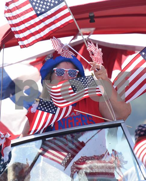 7/2/16 Lake Cherokee Boat Parade by Sarah A. Miller
