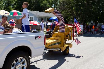Iowa parade checklist: Wood Chipper: check!