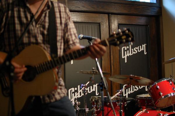 Fiesta de Cumpleaños // Gibson Guitar Center //