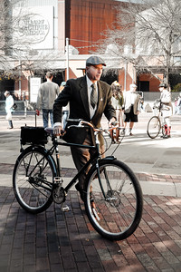SATX Tweed Ride 2018