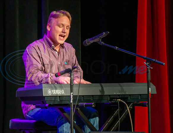 Contestant Steven Hibbard performs All of Me in the 2019 East Texas Idol Competition.