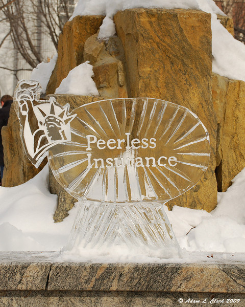 Ice Carving For Corporate Sponsor<br /> Peerless Insurance
