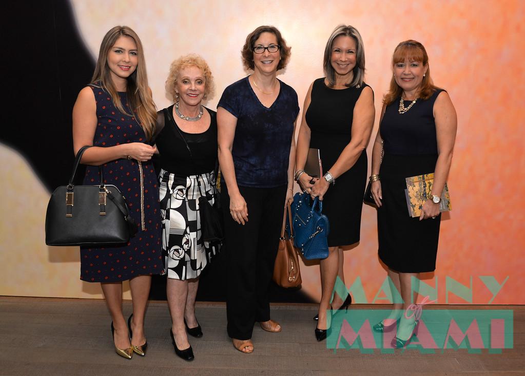 Nicolle Cure, Barbara Chamberland, Shiela Elias, Gloria Zaldivar, Marivel Andreu