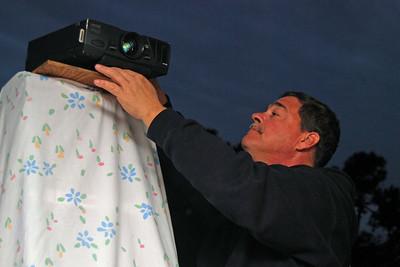 124 David preparing the projector at Kandi's 2010 Super Bowl Party