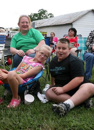 Ashley Stewart & Children Hailey & Hunter