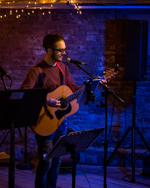 Unplugged: Acoustic benefit concert at Viewpoint Books in Columbus, Indiana on November 9, 2018. Photo by Tony Vasquez.