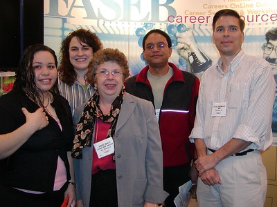 Drs. Judy Venuti and Ed Rosa-Molinar pose with best developmental biology poster winners at ABRCMS 2004 meeting.