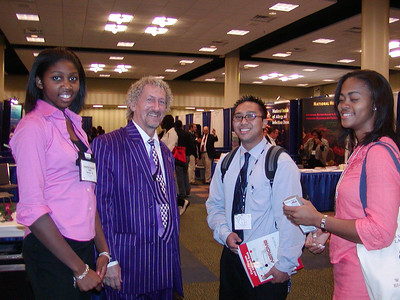 Shadya Sanders, Dr. Landefeld and Cal State University Dominguez Hills students at ABRCMS 2004