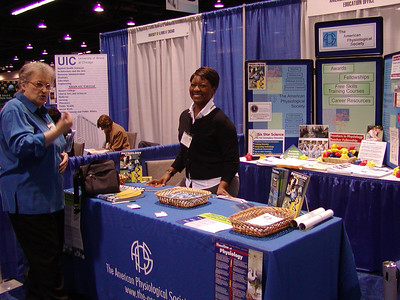 APS' booth at the ABRCMS 2006 meeting.