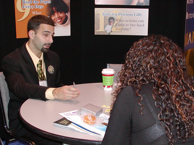 Mr. Eric Celidonio provides career counseling services to undergraduate student.