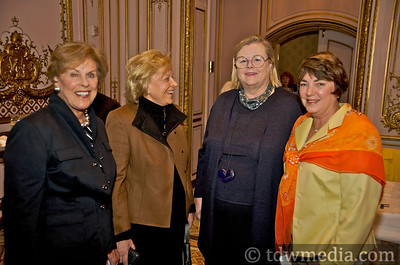 Mollie Hauser, Mary Gullixson, Donna Casey, Peggy Rawles