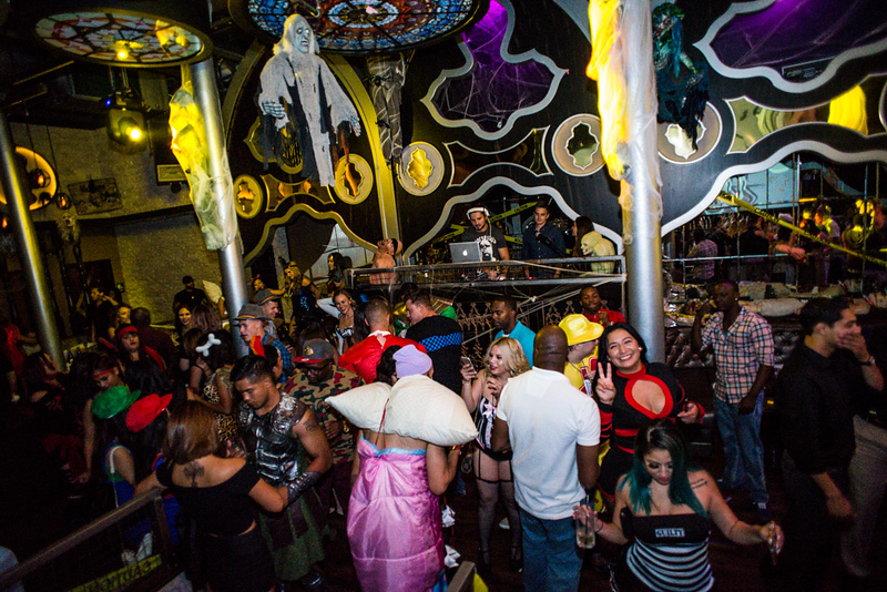 AD Nightclub 10 30 15-28