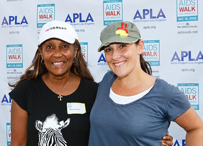 Maria da Silva (CNN Hero Award Recipient) &Ricki Lake (Charm School with Ricki Lake)