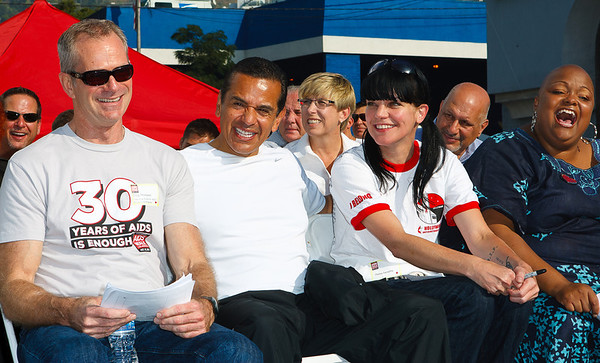 Craig Thompson APLA CEO, Los Angeles Mayor Antonio Villaraigosa & Pauley Perrette (NCIS) @27th ANNUAL AIDS WALK LOS ANGELES