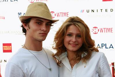 Shiloh Fernandez &  Cameron Goodman