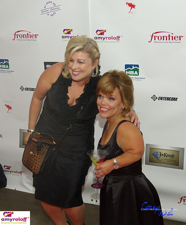 Lisa Dixon, VP of Amy Roloff Charity Foundation and Amy on the red carpet