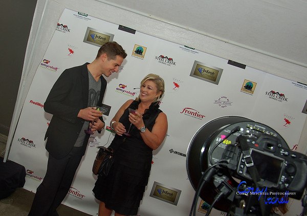 Jason Kennedy and Lisa Dixon on the red carpet