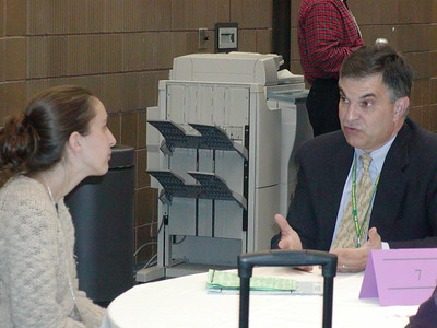 "ASHG 2006 - Career Center ""Meet 'n Greet"": Mr. Joe Tringali counsels graduate students and postdocs."