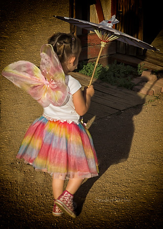 back of Fairy with umbrella 8644
