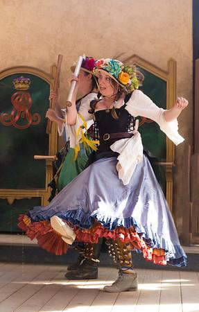 Poor renaissance dancers 8528