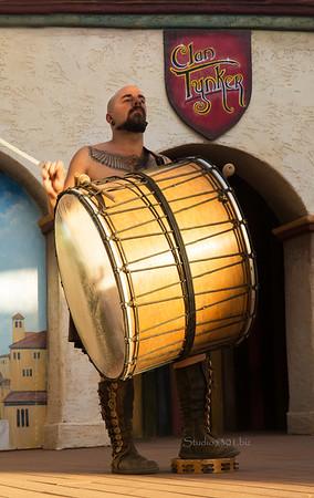 Clan Tunker drummer 8742