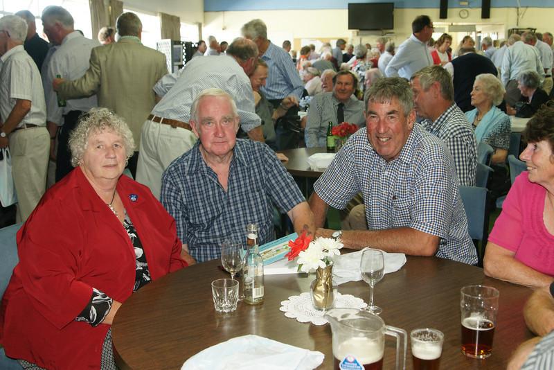 Pic 7248 Mrs R Kidd, Roddy Kidd, Ed Anderson