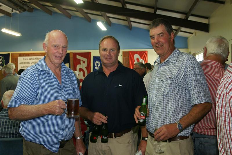 Pic 7264 Merv Frew, Craig Miller, Charles Ridgen