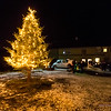 ... da er det julegrøt inne, og treet står anlene igjen...