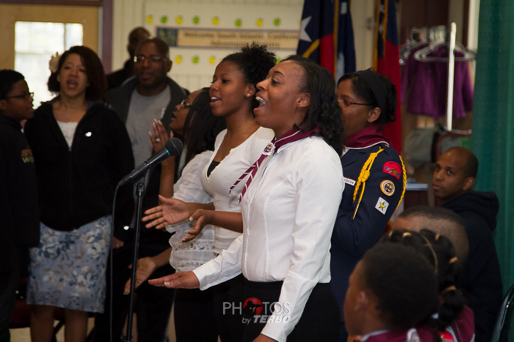 Morning Worship and Praise by the Bethany Church in Macon.