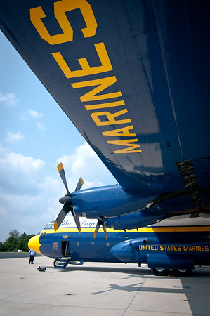 Sept 4th,  Sunday was the big time fun!  I got a chance to ride in the Blue Angels C130 called Fat Albert.  This was an amazing ride, and we were in the air show.