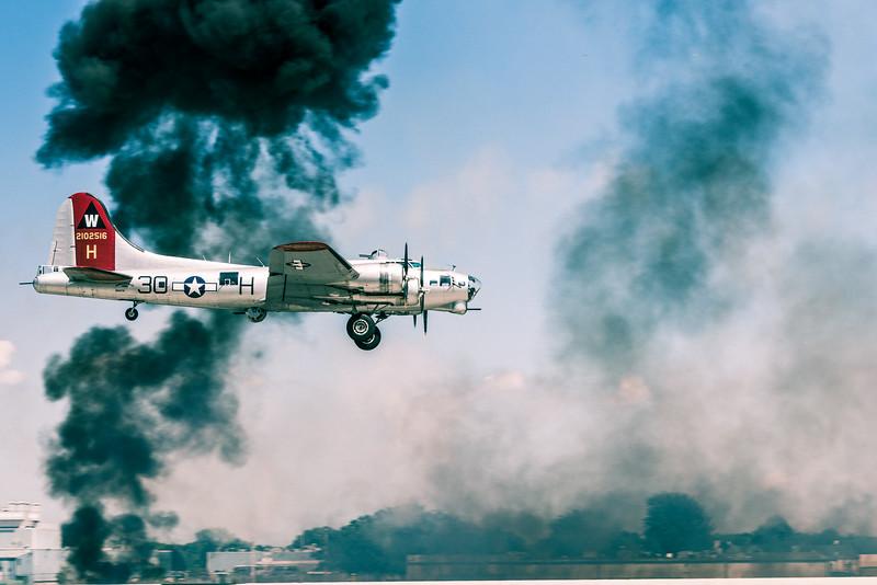 B-17 Flying Fortress, Tora! Tora! Tora! Air Show, Oshkosh AirVenture 2015