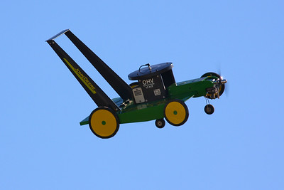 This is a REAL lawn mower airplane..........flying!  Houston air show October 2008