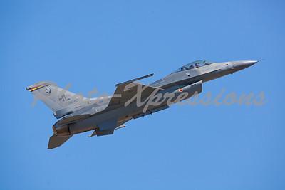 F-17_8177