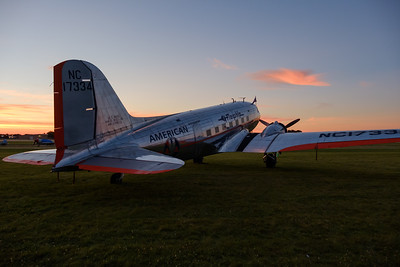 American Flagship DC-3 at Sunrise
