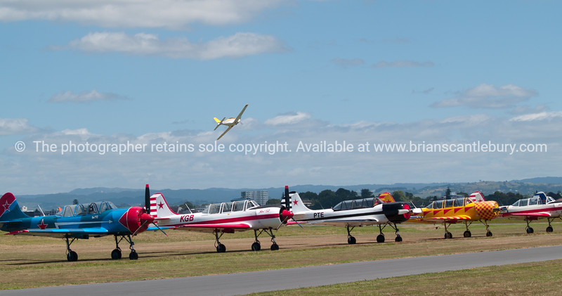 """Airshow, 2012, Mount Maunganu ALSO SEE; <a href=""""http://www.blurb.com/b/3811392-tauranga"""">http://www.blurb.com/b/3811392-tauranga</a>"""