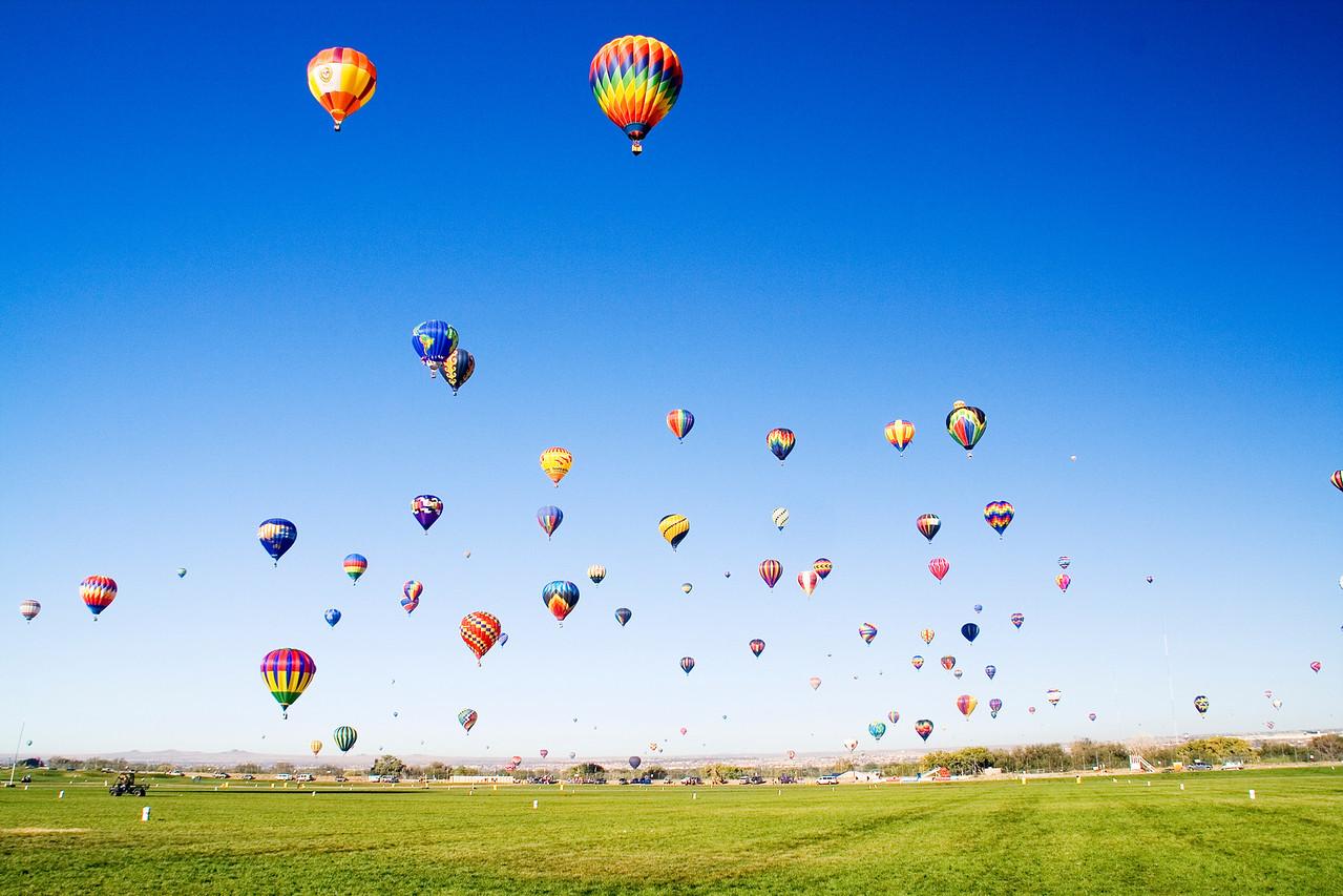 Mass Fly-in of Balloons @ Albuquerque Balloon Fiesta