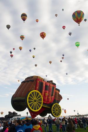 "Wells Fargo ""special shape"" balloon."