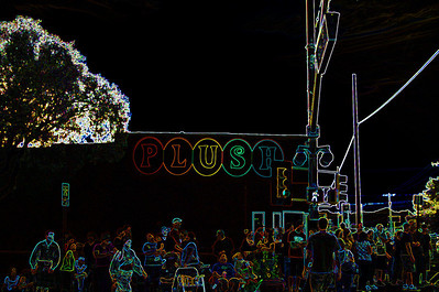 plush-parade-glowing011a