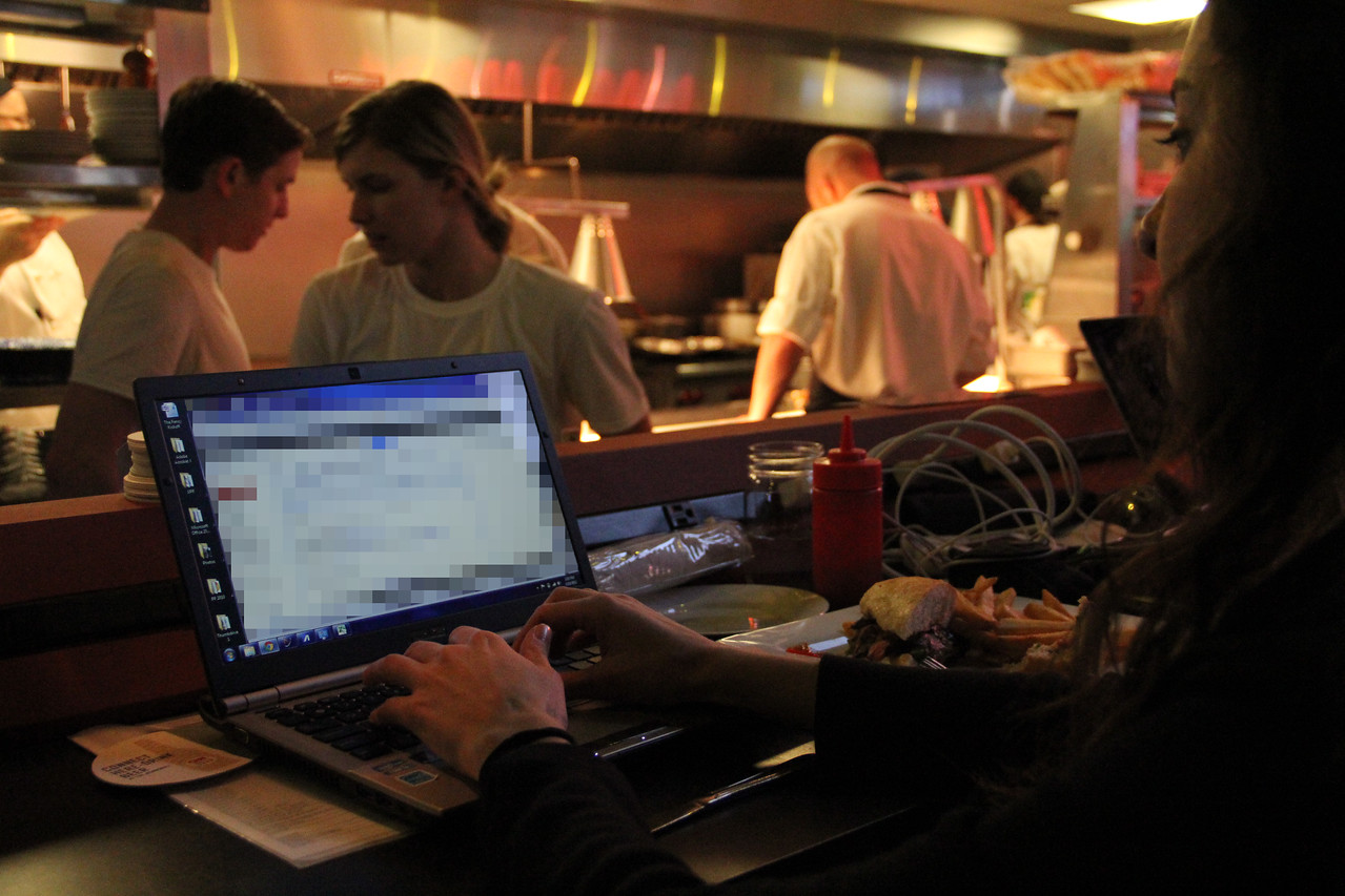 A reporter emails from the bar at CNN Grill during SXSW.