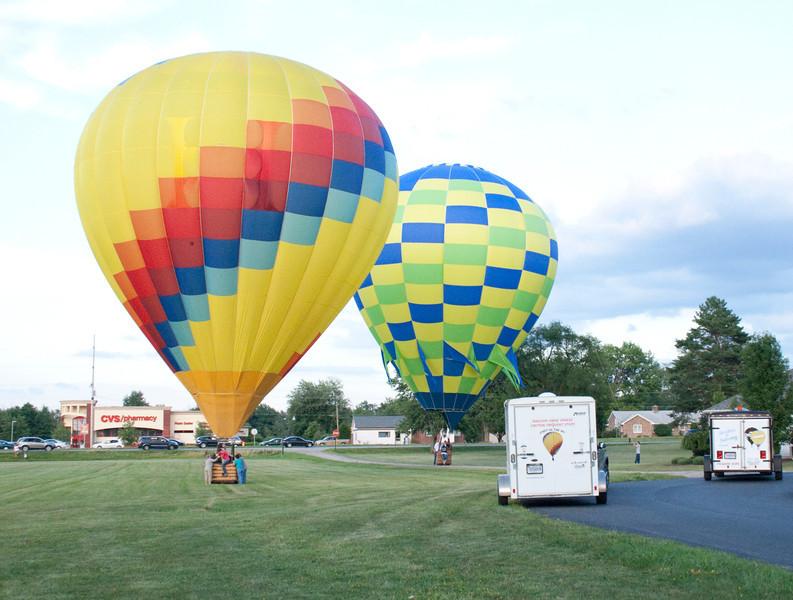 Hot Air Balloons landing<br /> Allen County Fair 2013