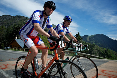 Hugo and Hessel on their third climb up the Alpe d'Huez.