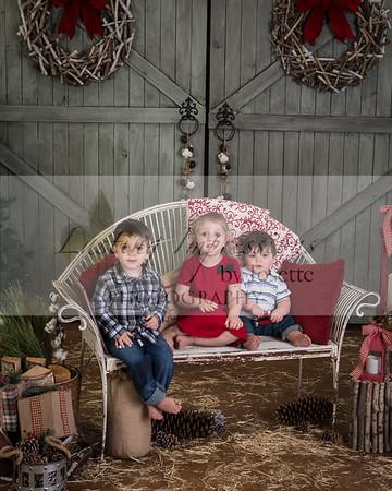 Amber Lantier Visit with Santa