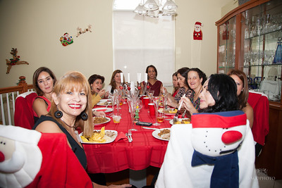 Amigas Christmas party 0037
