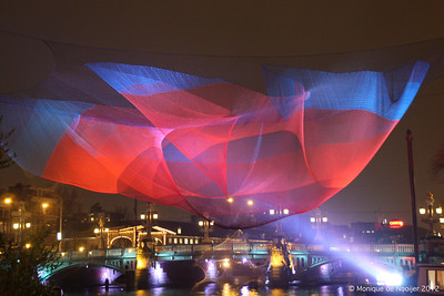 1.26 Amsterdam by Janet Echelman. In front of the Muziektheater in Amsterdam.