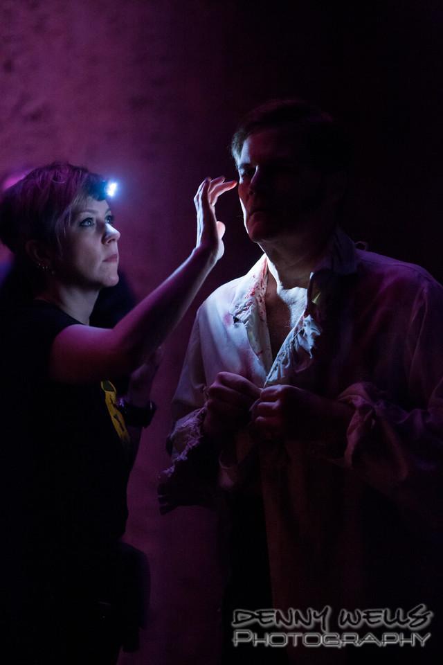 AO Tosca The torture of makeup.