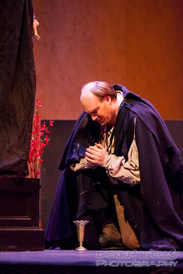 Steve Dixon (Angelotti) praying to the Pieta for a key.