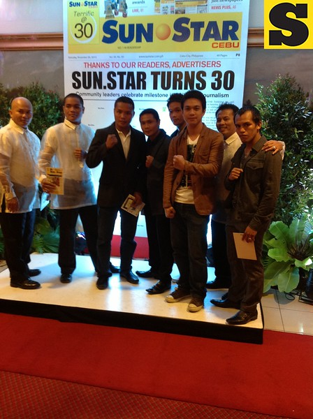 Daryl Anunciado of Sunnex with the ALA Boxers in the 30th anniversary appreciation night of Sun.Star at Waterfront Cebu City Hotel.
